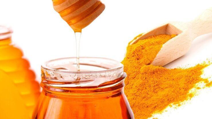 Cách trị mụn cám ở cằm với mật ong
