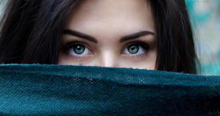 Để điều trị thâm mắt tại nhà đúng cách bạn cần biết các biểu hiện của thâm quầng mắt