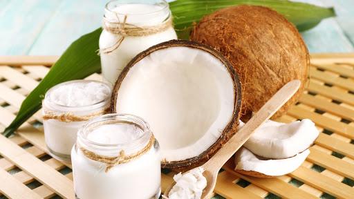 dưỡng da bằng dầu dừa và sữa chua