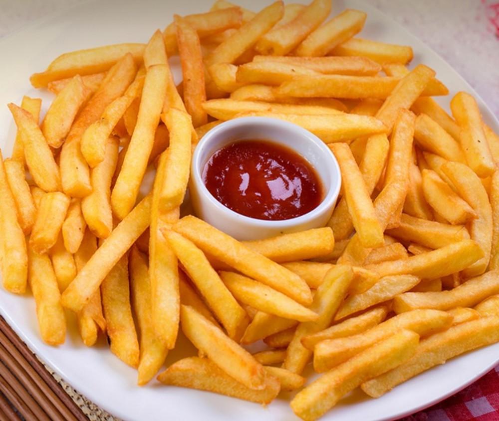 Ăn thức ăn nhanh và đồ cay nóng