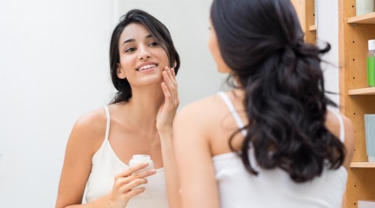 Kem dưỡng ẩm giúp làm mềm da