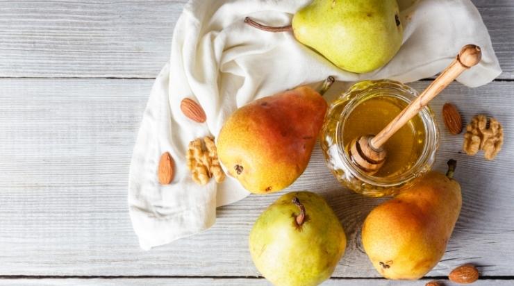Mật ong với nước ép lê hỗ trợ điều trị bệnh tiểu đường