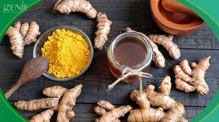 Cách uống mật ong và nghệ làm đẹp da