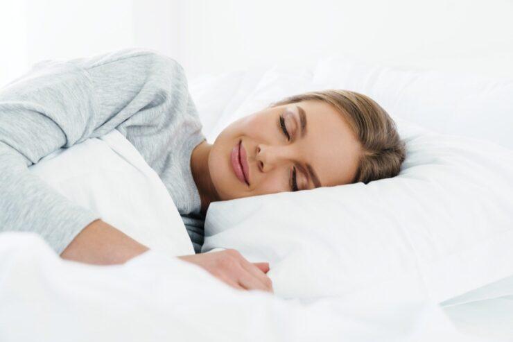 Mật ong bạc hà giúp hỗ trợ giấc ngủ ngon