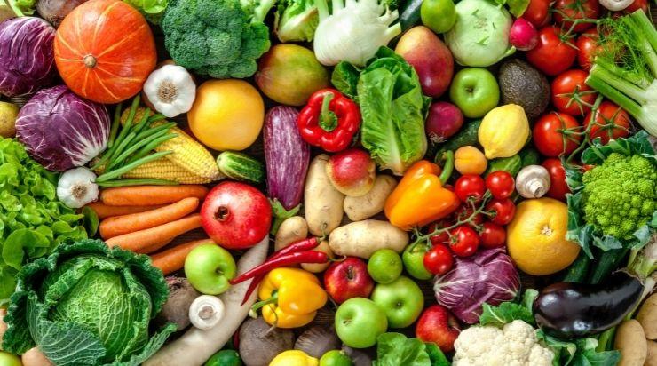 Bị mụn nhọt nên ăn rau xanh